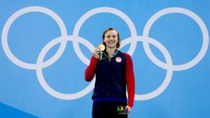 Swimming - Women's 400m Freestyle Victoy Ceremony