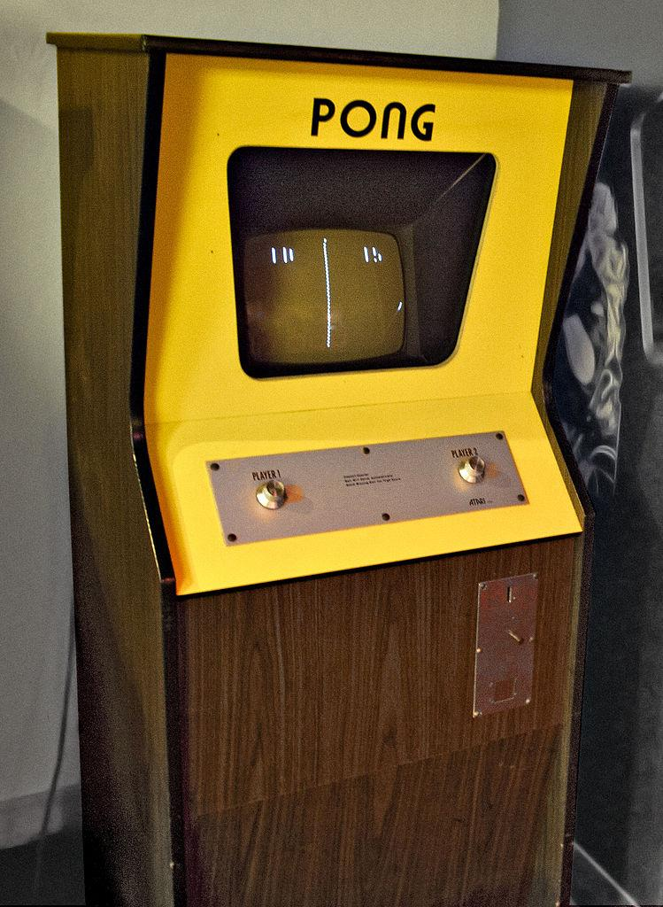 Pong (1975)