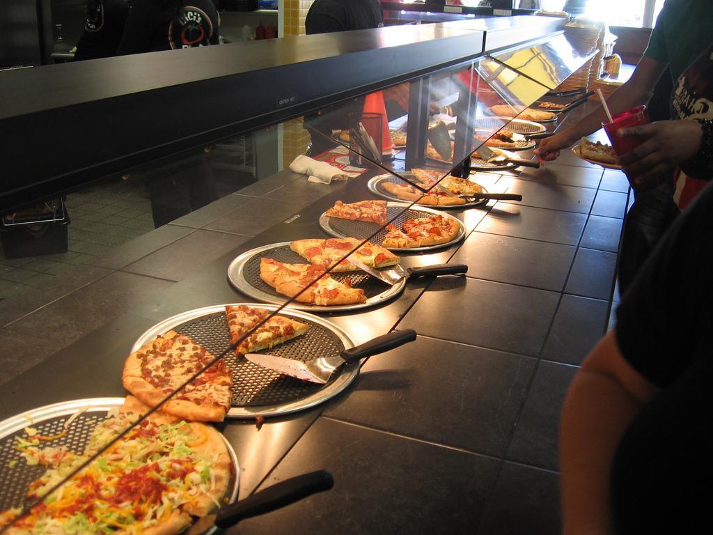 6) CiCi's Pizza