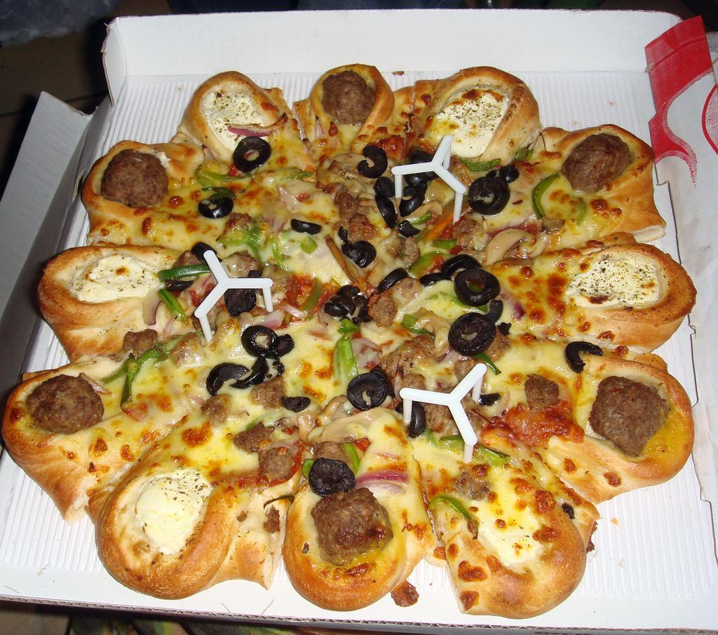 7) Pizza Hut