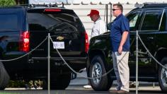 Trump heads to Trump National Golf Course