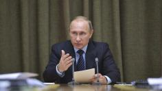 Putin chairs a meeting in Sochi