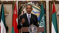 U.S. President Barack Obama speaks following his participation in the summit of the Gulf Cooperation Council (GCC) in Riyadh, Saudi Arabia, April 21, 2016. REUTERS/Kevin Lamarque
